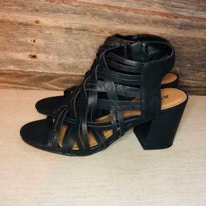 NWOT JustFab Heels size 7 1/2